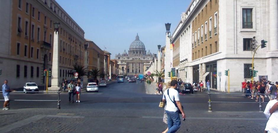 Vstupujeme na půdu Vatikánu